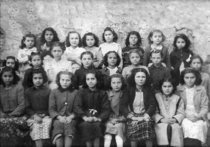 Classe de les monges, principis dels 40